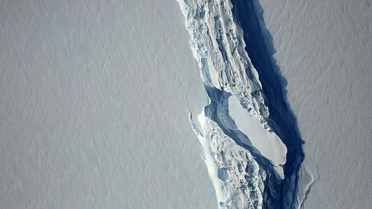 La grieta que generará un gigantesto iceberg en la Antártida continúa creciendo (FOTOS)
