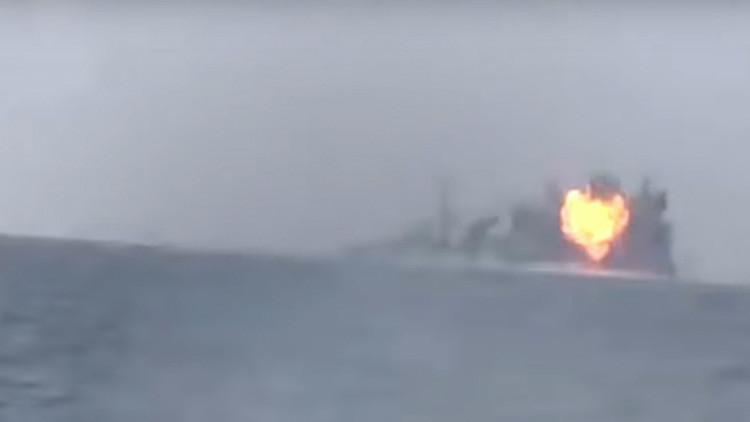VIDEO: Al menos dos soldados mueren en un ataque de rebeldes yemeníes a un buque saudita