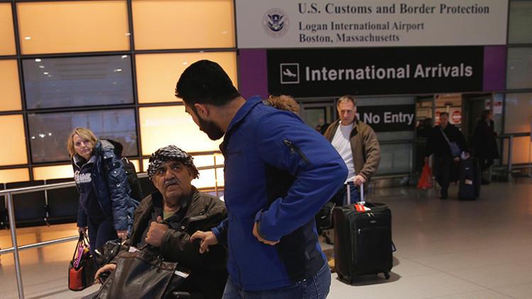 EE.UU. permite la entrada de 872 refugiados a pesar del nuevo decreto antimigratorio