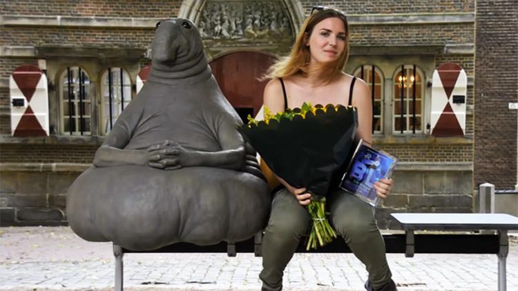 Memes: Escultura de un híbrido entre foca y elefante conquista a las redes sociales rusas