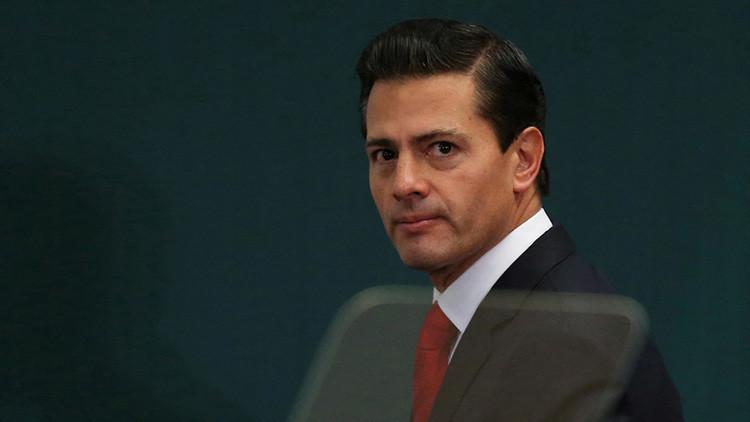 ¿Cómplices? Cómo Peña Nieto 'puso los cimientos' para el muro de Trump