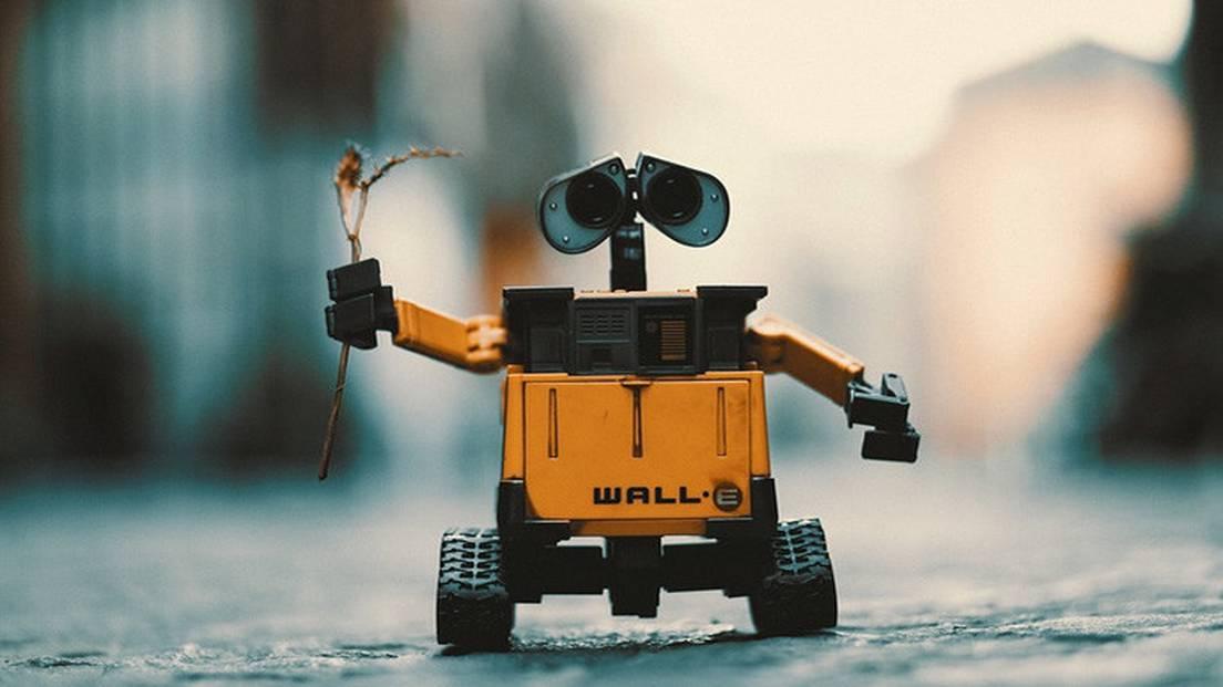 nu un robot de tranzacționare scump