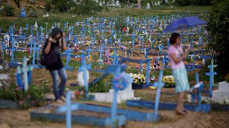 Vista del cementerio de Taruma durante el funeral de uno de los presos asesinados en una de las cárceles de la ciudad de Manaos, Brasil. 4 de enero de 2017.