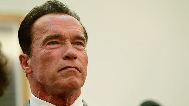 """Schwarzenegger a Trump: """"¿Por qué no nos intercambiamos los trabajos?"""""""