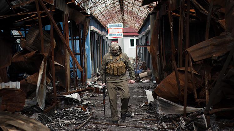 Moscú ve una relación entre los viajes de líderes ucranianos al extranjero y la situación en Donbass