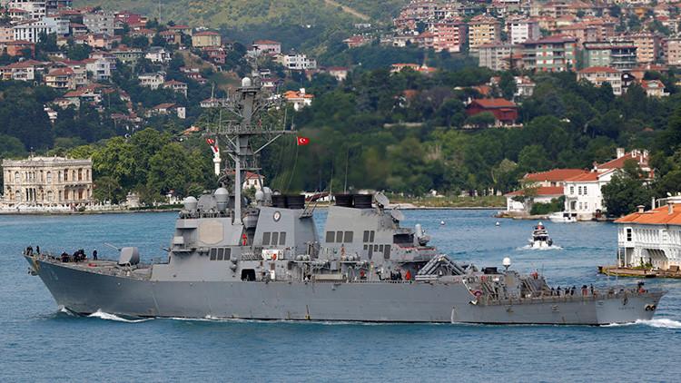 El destructor de EE.UU. que entró en el Mar Negro se dirige a un puerto de Rumanía