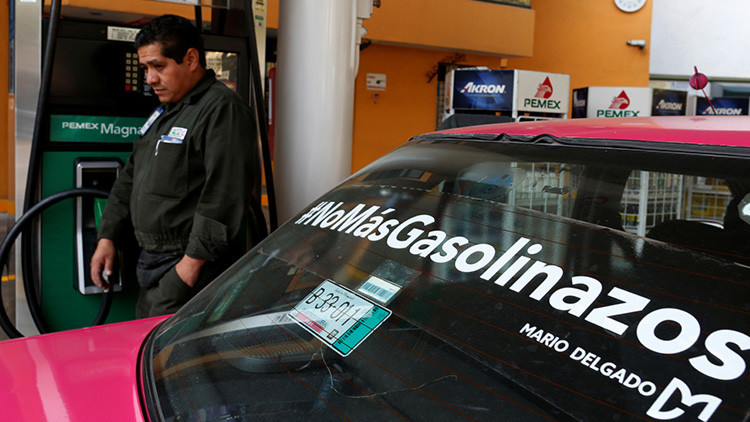México: Suspenden el 'gasolinazo' por dos semanas, la inconformidad continúa