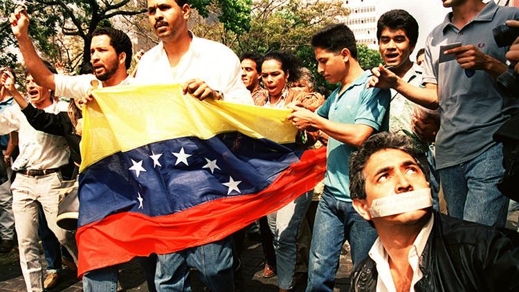 Hace 25 años Chávez asumió la responsabilidad del movimiento bolivariano