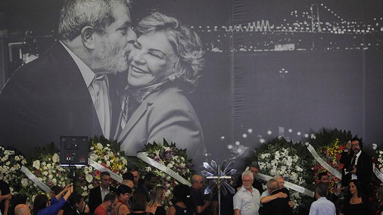 """""""Lucharé para defender tu honra"""": el entrañable discurso de Lula en el funeral de su esposa"""
