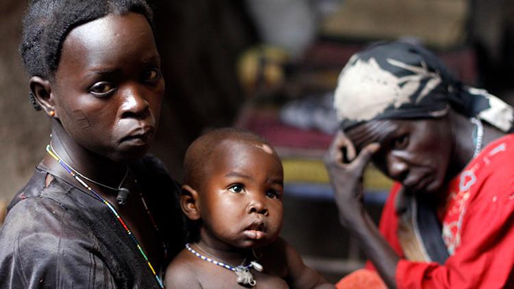 """""""Me casaron cuando tenía 12, nunca he sido feliz"""": círculo vicioso del matrimonio infantil en África"""