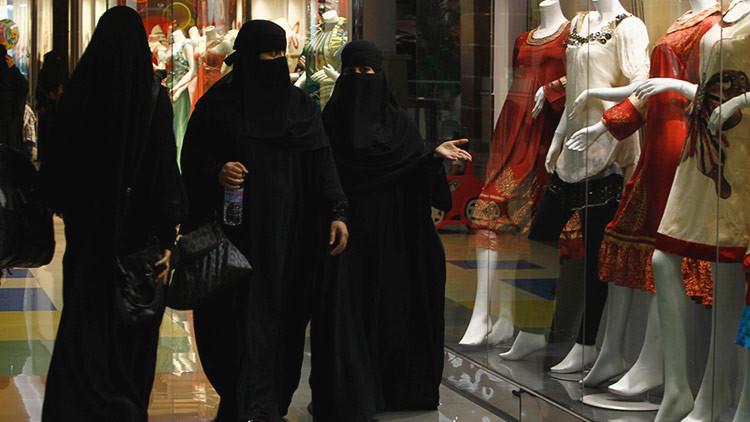 Arabia Saudita celebra el primer Día de la Mujer sin plantearse abolir la tutela masculina