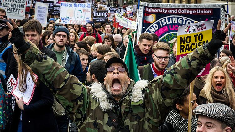 """Los ataques liberales contra Trump causan """"un tremendo perjuicio"""" a la democracia estadounidense"""