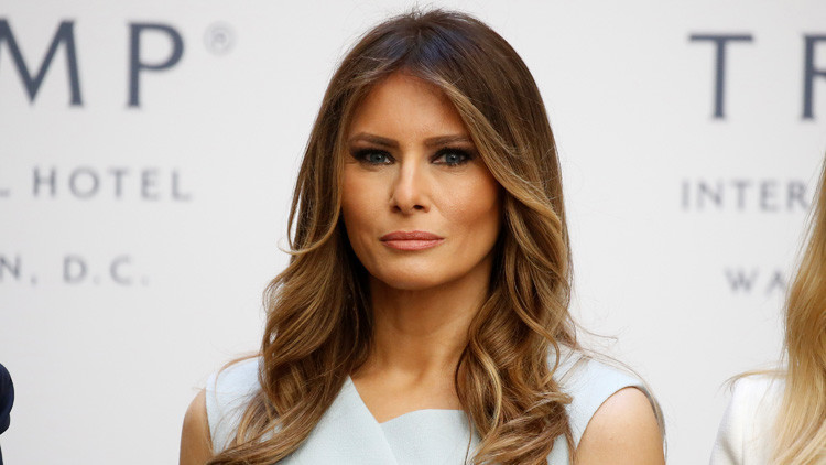 Melania Trump demanda a 'The Daily Mail' por afirmar que fue prostituta de lujo