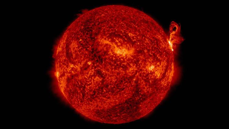 Científicos descubren una actividad solar anormal que no pueden explicar