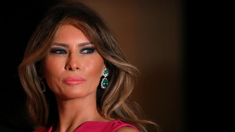 """Un bloguero pagará """"una suma sustancial"""" por asegurar que Melania Trump fue prostituta de lujo"""