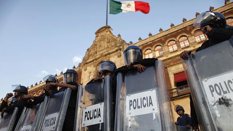 """""""Los pobres no podemos pagar la energía"""": Los mexicanos se rebelan contra la alta tarifa de la luz"""