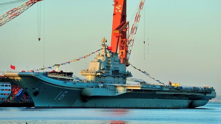 Avanza la construcción del primer portaviones de fabricación china