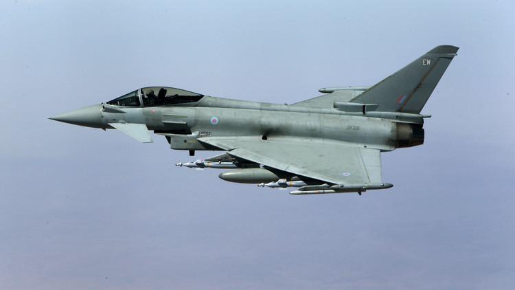 Reino Unido envía varios cazas Typhoon para escoltar bombarderos rusos