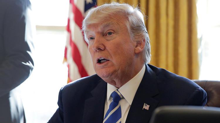 Trump carga contra McCain por criticar el resultado de una operación antiterrorista en Yemen