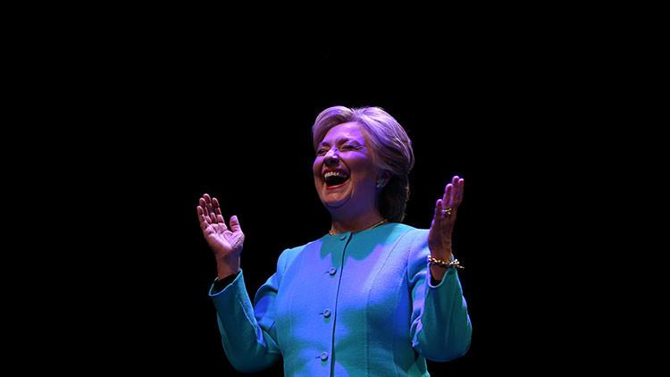 Hillary Clinton se burla de Trump tras el nuevo revés a su veto migratorio en la corte