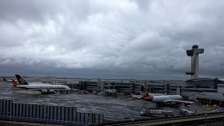 Nueva York: Se incendia en el aeropuerto JFK un avión de Aerolíneas Argentinas