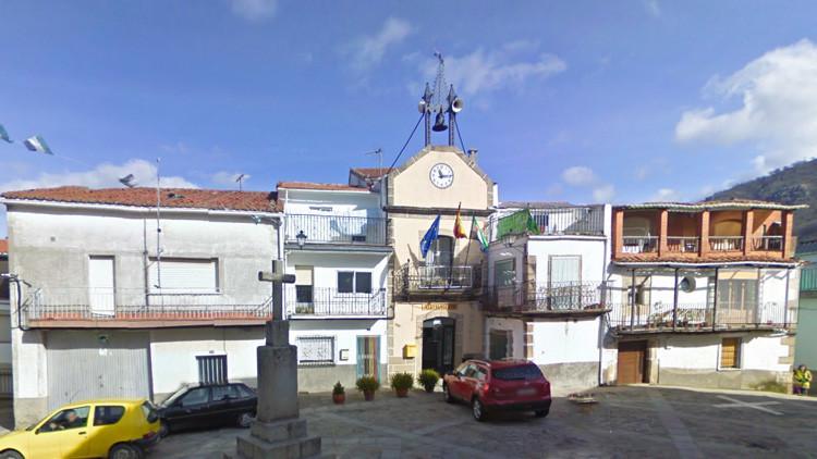 """Zorra infollable"": La respuesta de un alcalde español a críticas en Facebook"