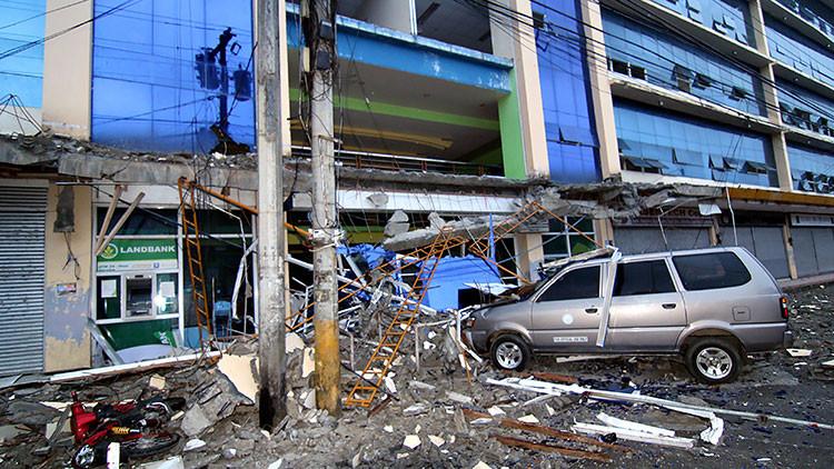 Filipinas: 8 muertos y más de 200 heridos tras un terremoto de magnitud 6,7