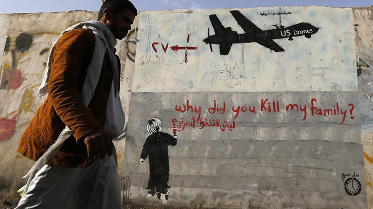 """Periodista de EE.UU. sobre las guerras de su país: """"La fosa común que llamamos daños colaterales"""""""