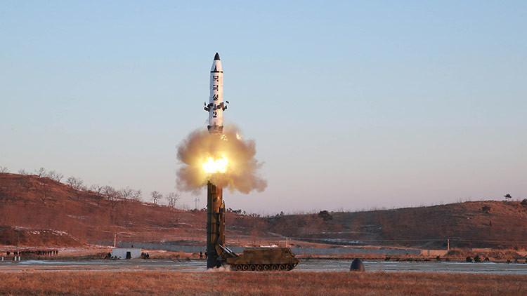 Corea del Norte difunde imágenes de las pruebas de su misil balístico (VIDEO)