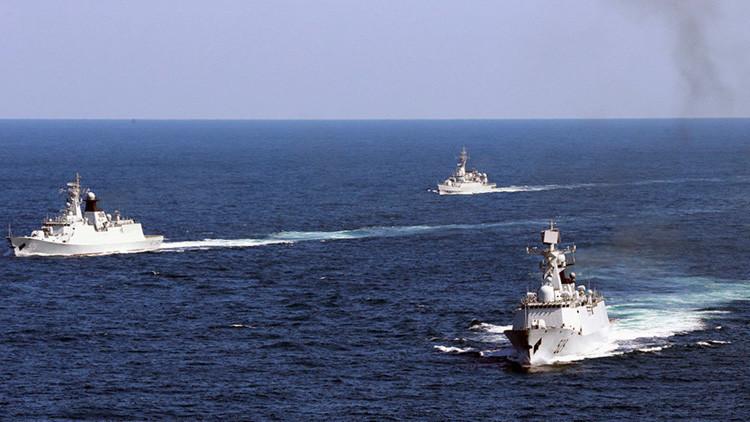 """China está """"muy preocupada y se opone firmemente"""" al apoyo de EE.UU. a Japón"""