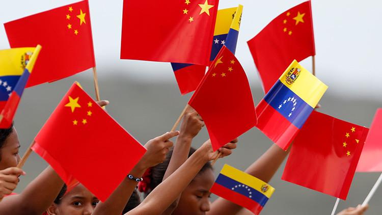 Venezuela y China firman 22 acuerdos de cooperación económica