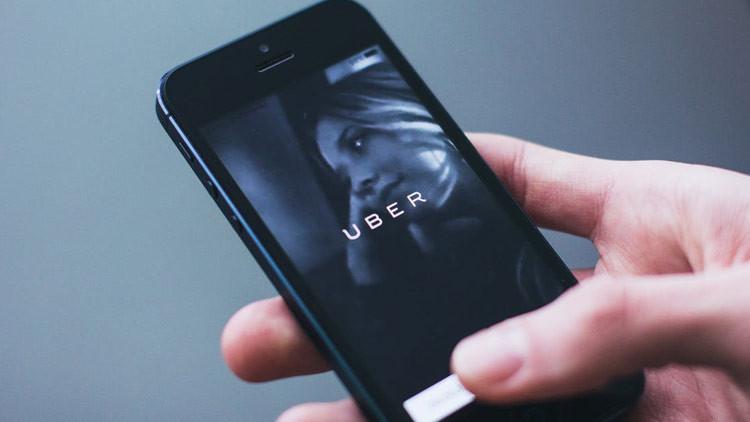 Mujer descubre infidelidad gracias a Uber y esposo demanda a la compañía por 48 millones de dólares
