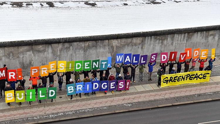 """""""Queremos explicar cómo se tumban los muros"""": El Festival de cine de Berlín critica el muro de Trump"""