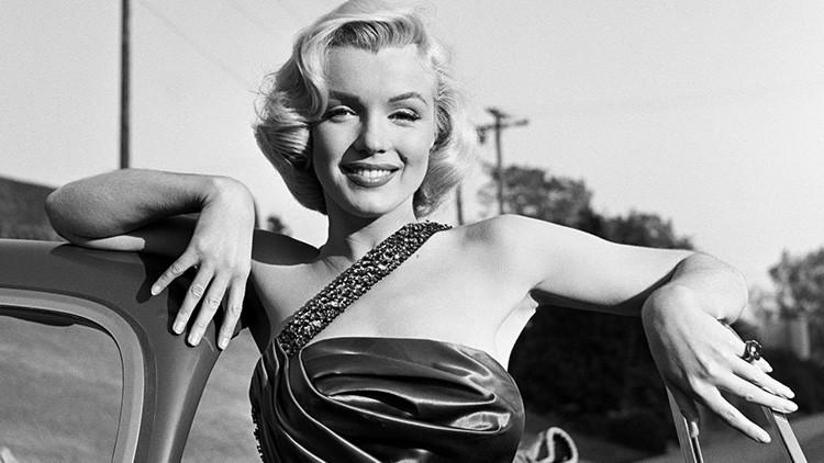 Publican por primera vez fotos únicas de Marilyn Monroe embarazada