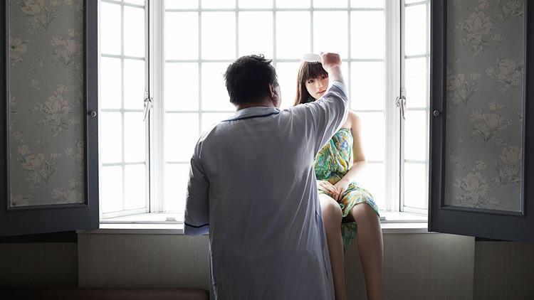 'Amor de silicona': un hombre deja a su esposa por una muñeca sexual (FOTOS)