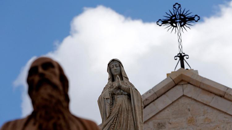 """Española que """"sentía y hablaba"""" con la Virgen María muere 8 meses después de tratarle un tumor"""