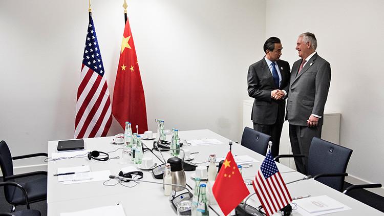 """Tillerson insta a China a """"usar todas las herramientas"""" para contener a Corea del Norte"""