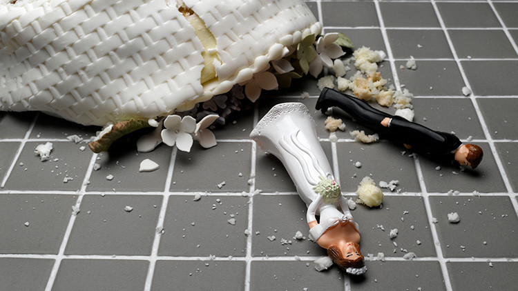 Hasta que los golpes los separen: una boda de 325.000 dólares es cancelada por un simple gesto