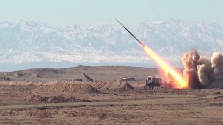 Video: Irán prueba misiles en un desierto