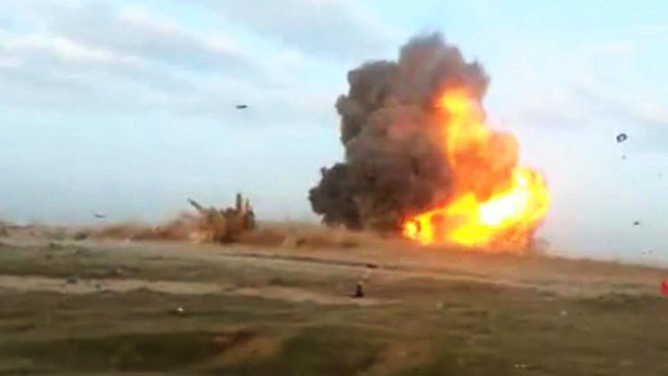 Terroristas del Estado Islámico sonríen felices en un video antes de suicidarse en un ataque en Irak