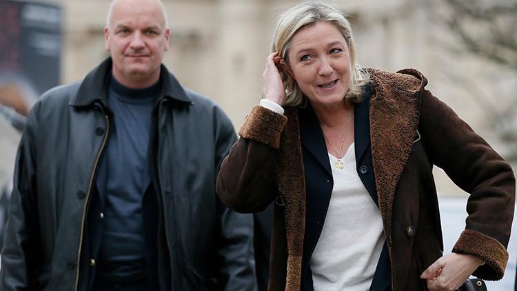 Arrestan a la jefa de gabinete de Marine Le Pen por supuesta malversación