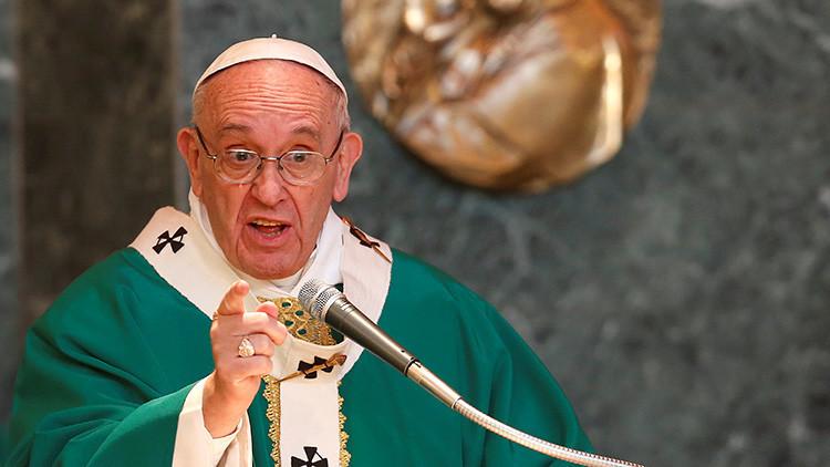 """El papa Francisco insinúa que """"es mejor ser ateo que un católico hipócrita"""""""