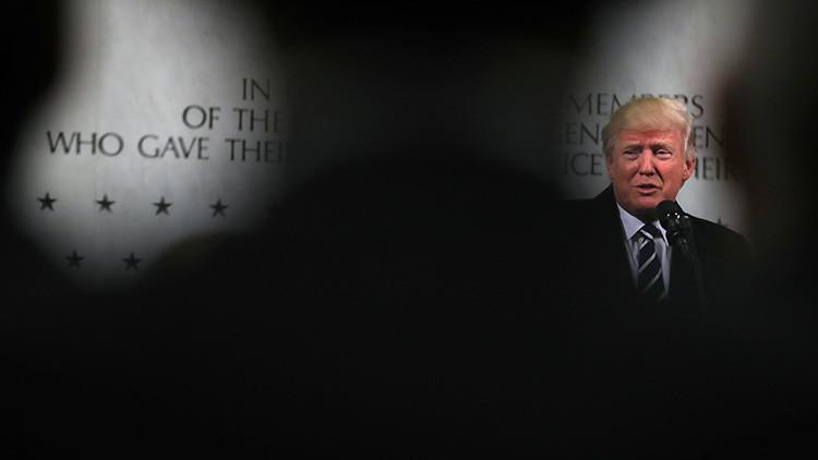 ¿Está en marcha una operación de golpe de Estado contra Trump?