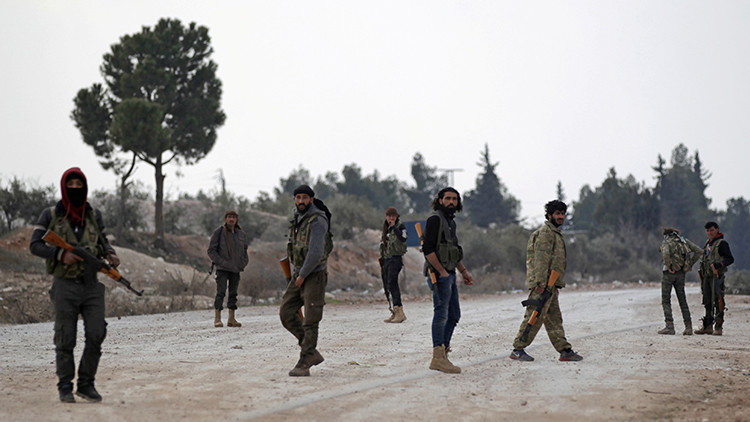 Ola de terror en Siria: Reportan otra explosión de un coche bomba cerca de un exbastión del EI