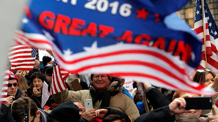"""Trump convoca a sus votantes a """"la más grande de todas las marchas"""""""