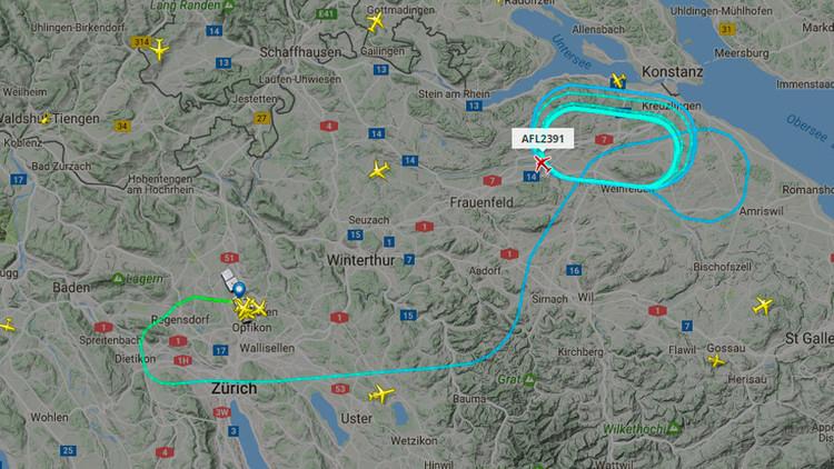Un vuelo de Zúrich a Moscú se ve obligado a aterrizar por un incendio en uno de sus motores