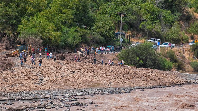Lluvias torrenciales en Chile dejan sin agua potable a millones de personas