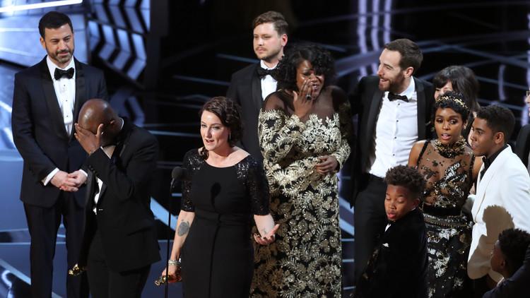 PwC asume la responsabilidad por el error en la entrega del Oscar a Mejor Película