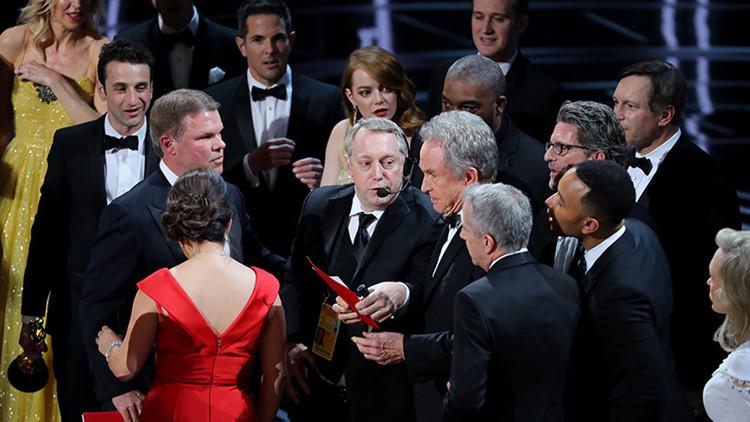 Entrevista profética: los responsables del fallo de los Oscar describieron la metedura de pata