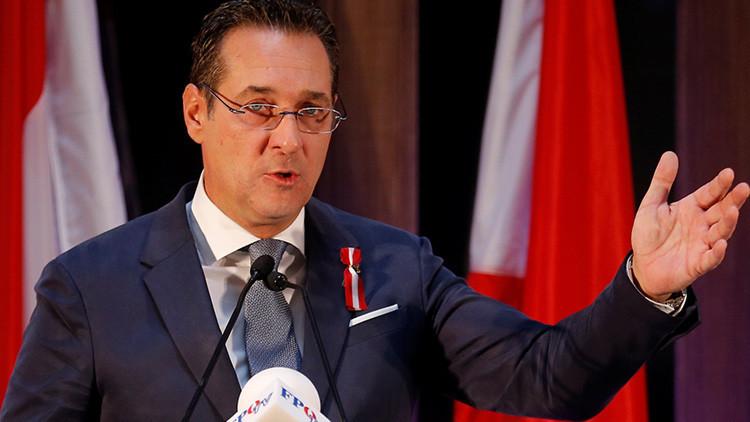 """""""Basta de alimentar a EE.UU."""": político austriaco pide acabar con la dependencia militar de la OTAN"""